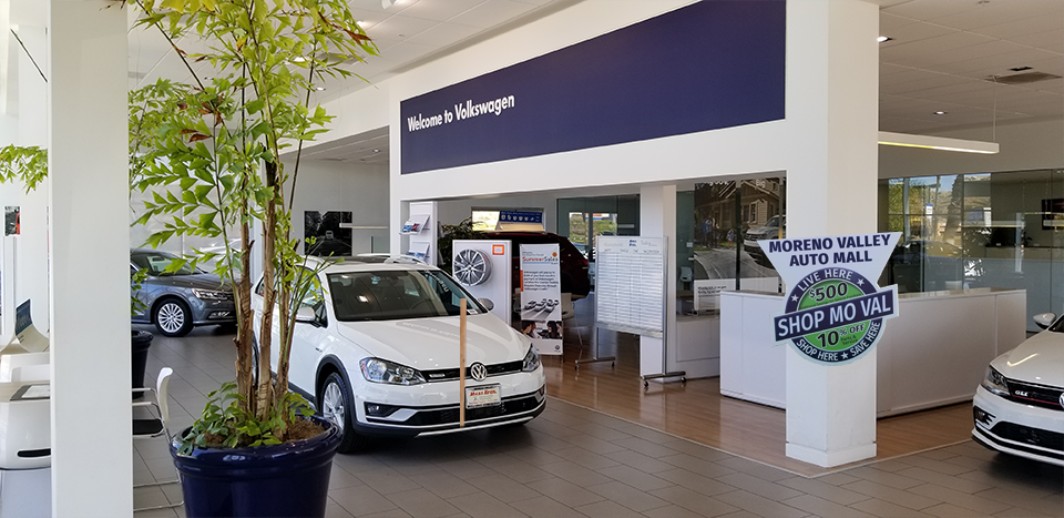 Moss Bros. Volkswagen of Moreno Valley Scholarship Photo-Op Location